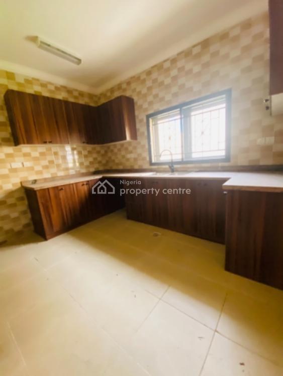 Equisitely Built 4 Bedroom Terraced Duplex, Osapa, Lekki, Lagos, Terraced Duplex for Sale