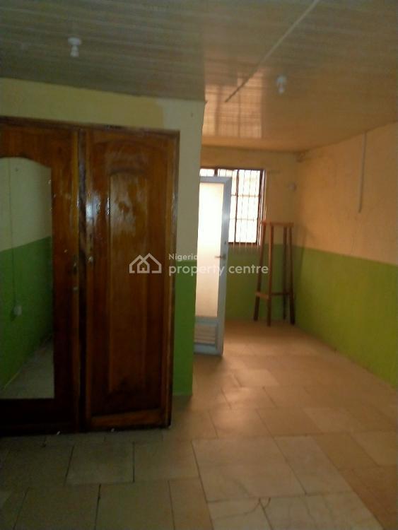 3 Bedroom Flat, Soluyi, Gbagada, Lagos, Flat for Rent