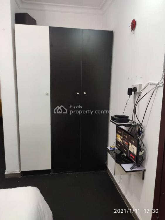 Fantastic Studio Apartment, Off Freedom Way, Lekki Phase 1, Lekki, Lagos, Self Contained (single Rooms) Short Let