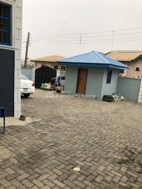 Newly Renovated Beautiful 3 Bedrooms, 9 Adepoju Farinu, Ojodu, Lagos, Flat for Rent