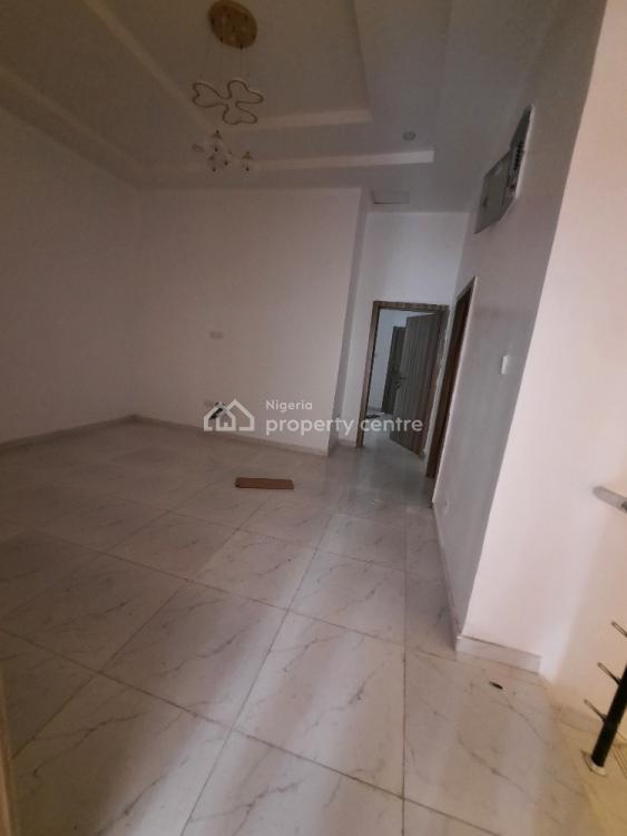 4 Bedrooms Terraced Duplex, Chevron Drive, Lekki Phase 2, Lekki, Lagos, Terraced Duplex for Sale