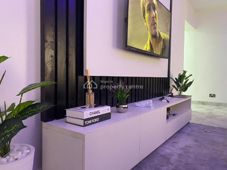 Exquisite 3 Bedroom, Off Freedom Way, Lekki Phase 1, Lekki, Lagos, Flat Short Let