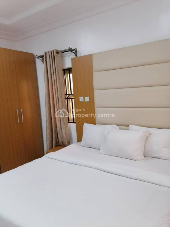 Beautifully Furnished 2 Bedrooms with King Size Beds and Swimming Pool, Lekki Phase 1, Lekki, Lagos, Flat / Apartment Short Let