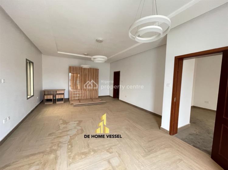 Serviced Lovely Terrace Duplex, Osapa, Lekki, Lagos, Terraced Duplex for Sale