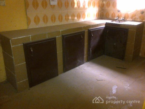 For Rent Newly Renovated 3 Bedroom Flat With 3 Toilets