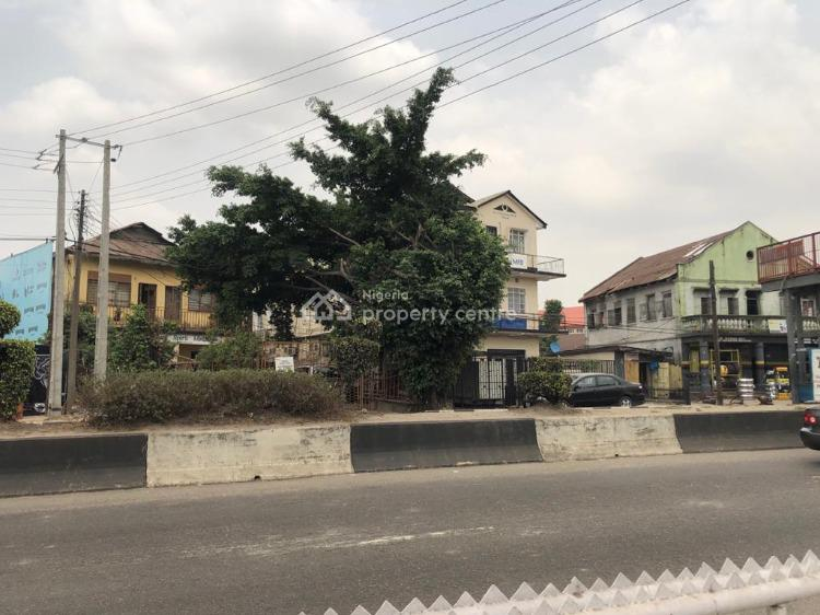 Demolishable Building on a Full Plot of Land on The Expressway, Along Herbert Macaulay Expressway, Alagomeji, Yaba, Lagos, House for Sale