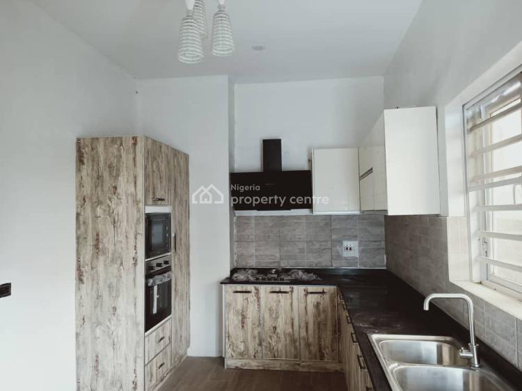 3 Bedrooms Terrace, Lekki Phase 1, Lekki, Lagos, Terraced Duplex for Sale