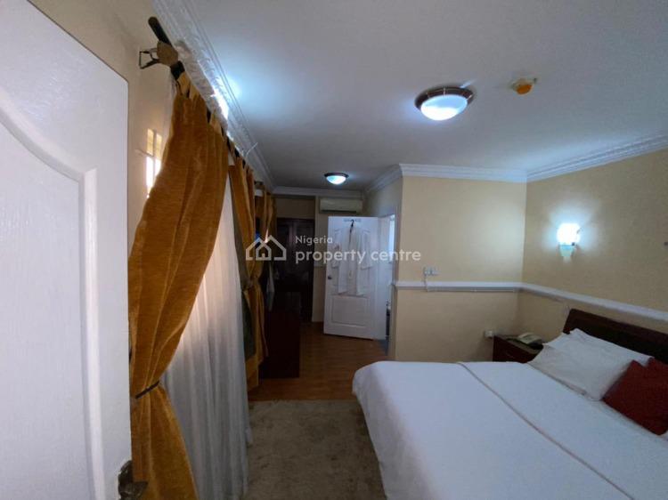 2 Bedroom Flat, Shonibare Estate Aishar Residence Flat 3, Ikeja Gra, Ikeja, Lagos, Flat / Apartment Short Let