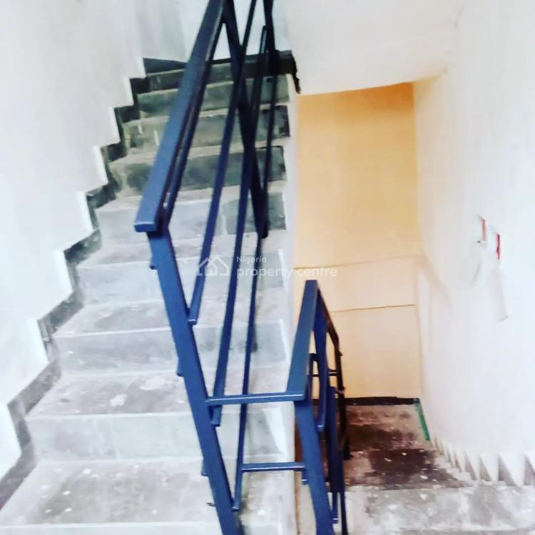 2 Bedroom  Apartments, Off Orchid Road, Lafiaji, Lekki, Lagos, Flat / Apartment for Sale