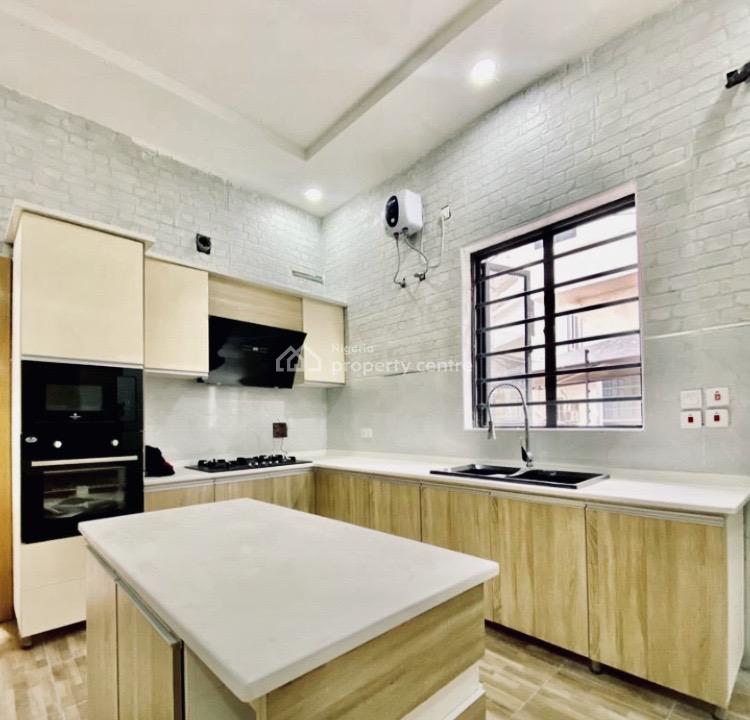 5 Bedroom Detached Duplex + Bq, Lekki Expressway, Lekki, Lagos, Detached Duplex for Sale