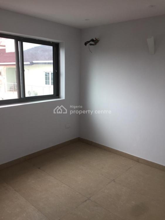 4 Bedroom Semi Detached, Lekki Phase 1, Lekki, Lagos, Semi-detached Duplex for Sale