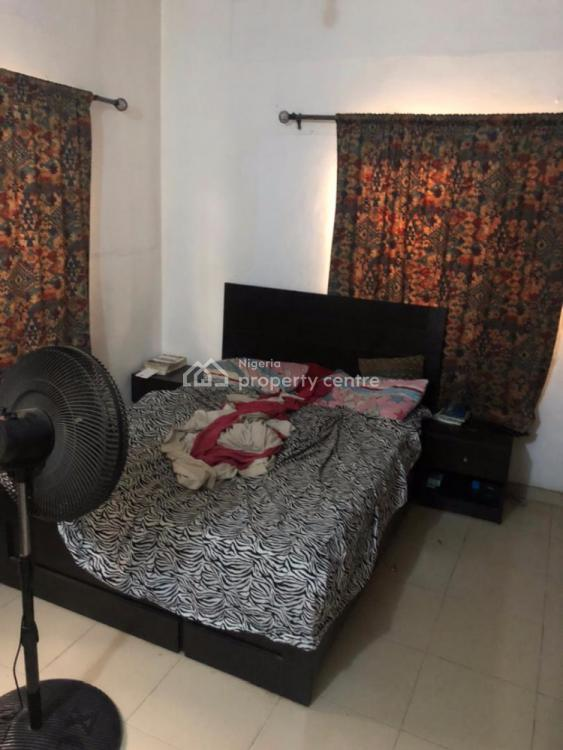 a Room in a Well Furnished 3 Bedroom Flat, Off Folagoro Road, Fola Agoro, Yaba, Lagos, Flat / Apartment Short Let