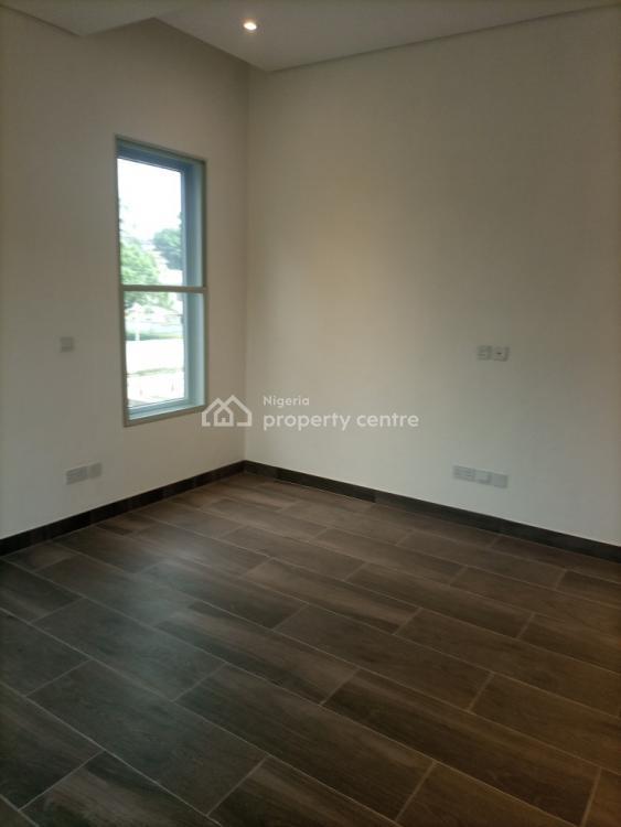 Executive 3 Bedroom Apartment, Ajose Adeogun Street, Victoria Island (vi), Lagos, Flat / Apartment for Rent