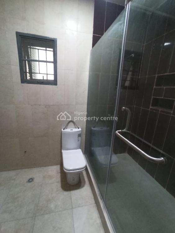 Luxury Three Bedroom Flat, Lekki Phase 1, Lekki, Lagos, Flat / Apartment for Sale