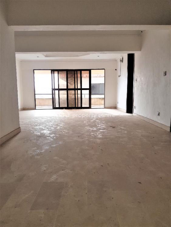4 Bedroom Flats + Bq in a Serene Neighbourhood, Off Ligali Ayorinde, Victoria Island (vi), Lagos, Flat / Apartment for Rent