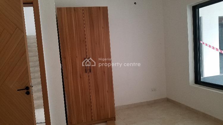 4 Bedroom Terraced Duplex with 1 Bq, Osapa, Lekki, Lagos, Terraced Duplex for Sale