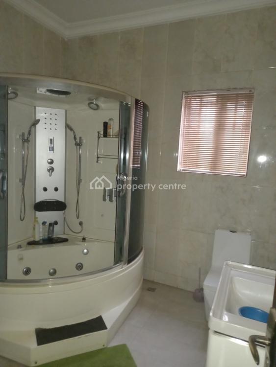 6-bedroom House, Off Ifeanyi Ubah Street, Omole Phase 2, Ikeja, Lagos, House for Rent