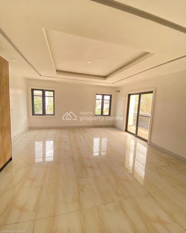 Luxury 3 Bedroom Apartment with a Room Bq, Victoria Island (vi), Lagos, Mini Flat for Sale