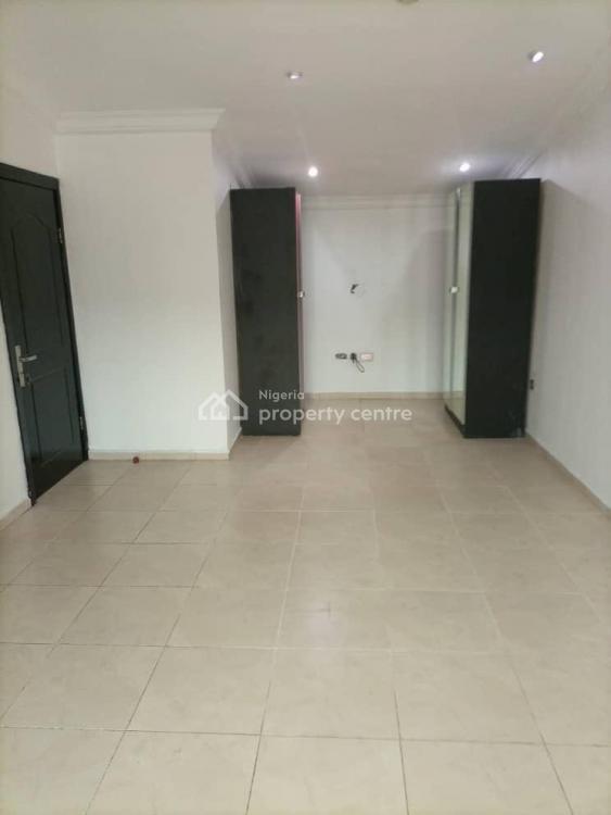 Beautiful 3 Bedrooms Terrace with Bq, Osapa, Lekki, Lagos, Terraced Duplex for Sale