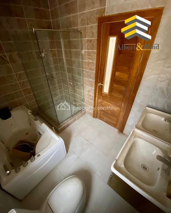 5 Bedroom Detached House, Lekki Phase 2, Lekki, Lagos, Detached Duplex for Sale