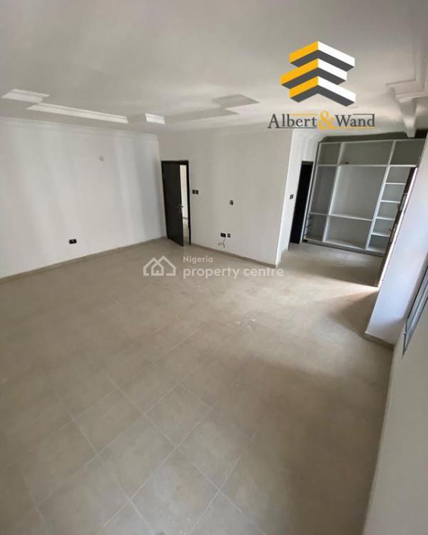 4 Bedroom Serviced Terrace, Osapa, Lekki, Lagos, Terraced Duplex for Sale