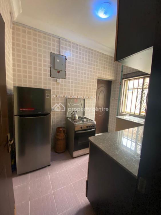 Affordable 2 Bedrooms Apartment, Lekki Phase 1, Lekki, Lagos, Flat / Apartment Short Let