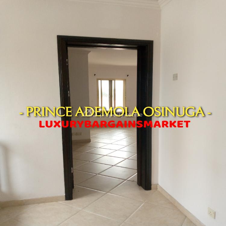 Semi Detached 3 Bedroom House +2 Rms Bq + Garage!, Central, Prince Ademola Osinuga, Old Ikoyi, Ikoyi, Lagos, Semi-detached Duplex for Rent