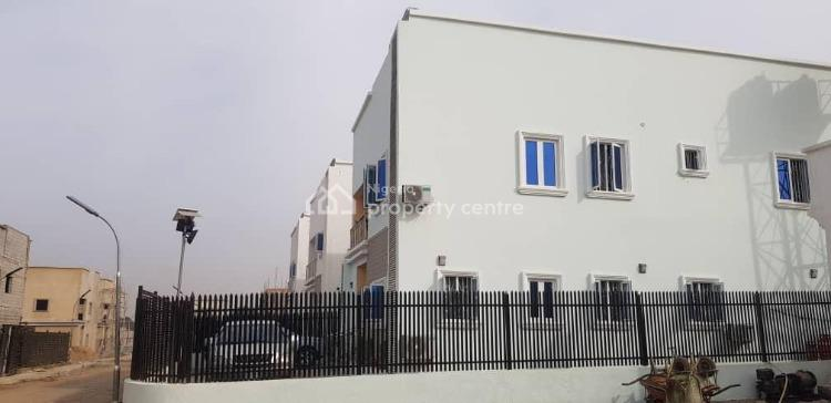 4 Bedroom Fully Detached Duplex with Bq, Airport Road Abuja, Lugbe District, Abuja, Detached Duplex for Sale