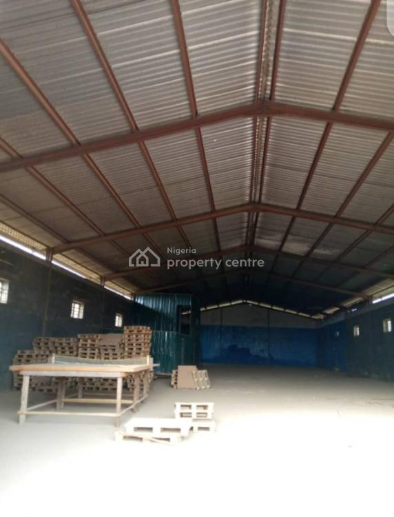 2bay Separate Wings of Warehouse (wing a 622sqm), (wing B 512sqm)., Via Ojodu Berger Axis, Akute, Ifo, Ogun, Warehouse for Rent