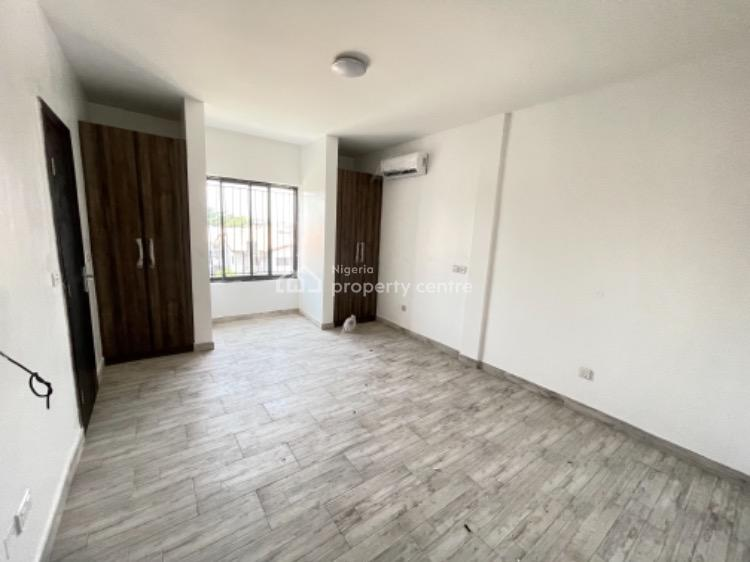 The Best Apartment in an Estate, Lekki Phase 1, Lekki, Lagos, Block of Flats for Sale