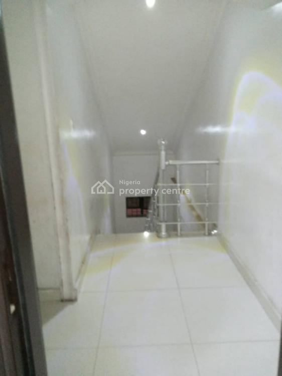2 Bedrooom Flat, Lekki Phase 1, Lekki, Lagos, House for Rent