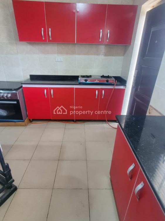 Spacious 3 Bedrooms Apartment, Lbs, Ajah, Lagos, Flat / Apartment Short Let