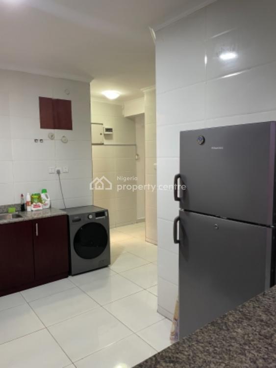 Luxury 3 Bedrooms Penthouse Apartment, Cadogan Estate, Osapa, Lekki, Lagos, Flat / Apartment Short Let