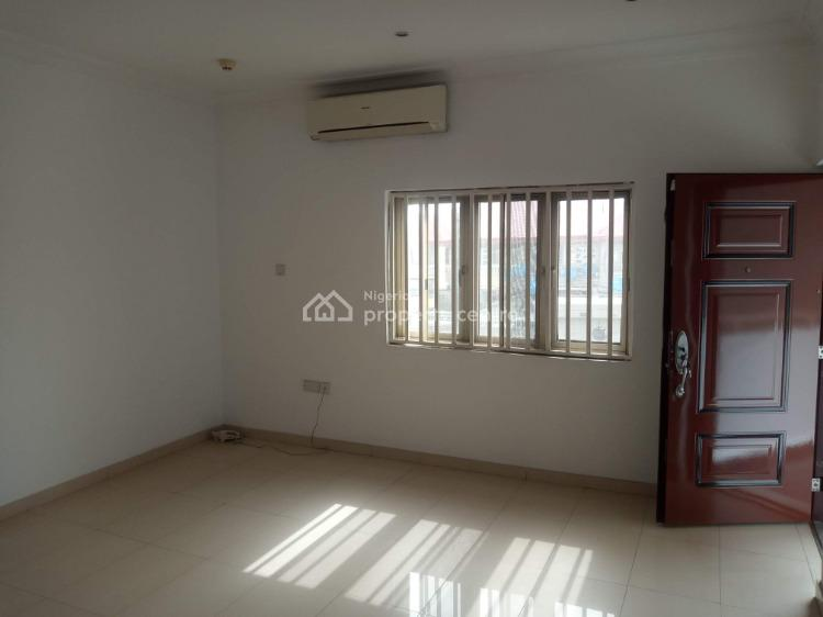 Luxury Service 3 Bedrooms Flat, Lekki Phase 1, Lekki, Lagos, Flat for Rent