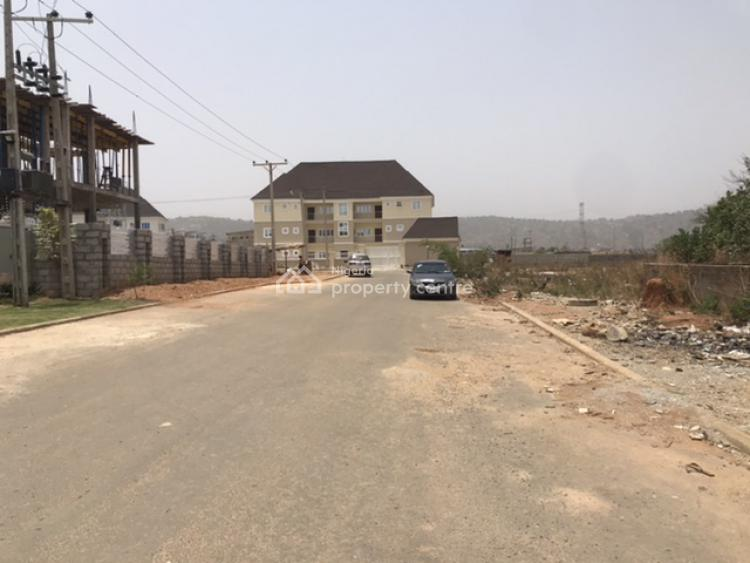 Exceptionally Located Build & Live Residential Landuse, Gilmore Infrastructured Area, Jahi, Abuja, Residential Land for Sale