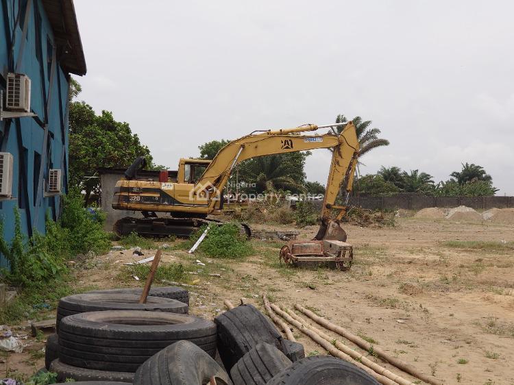 Modern Construction Yard, By Ikota Shopping Complex Near Vgc, Ikota, Lekki, Lagos, Industrial Land for Rent