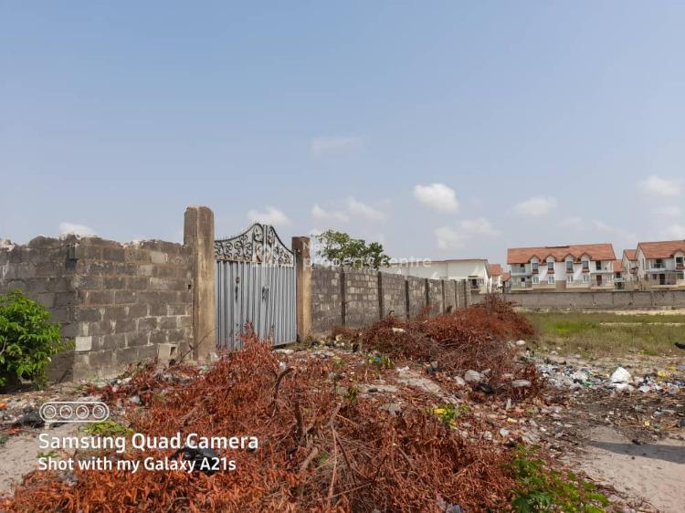 Strategically Located Land with C of O1600sqm2, Overlooking Couplag  Gardens  Estate  Off Orchid  Road  Globle, Lekki, Lagos, Land for Sale