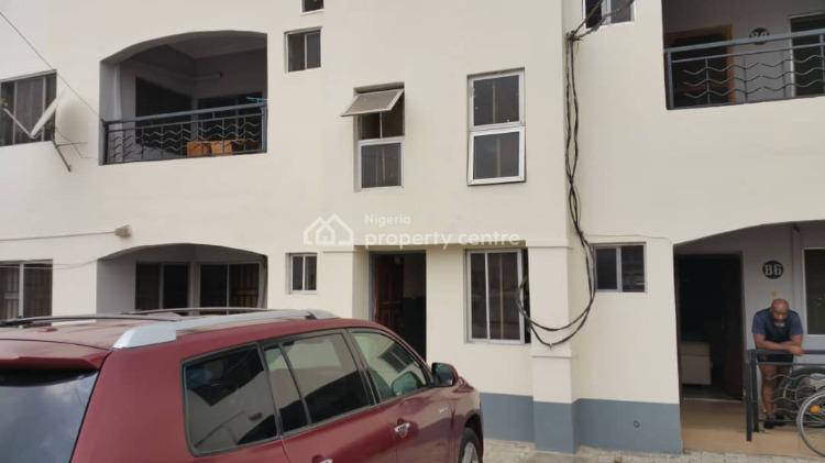Exquisite 3 Bedrooms Flat, Post Housing Development (phd) Estate, Connal Road, Yaba, Lagos, Flat for Sale