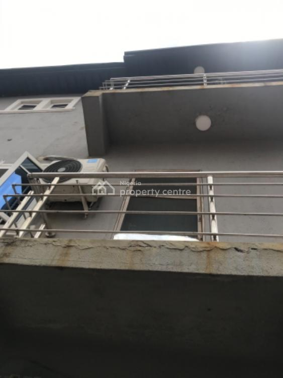 Very Nice and Neat Miniflat with Pop and 2 Toilet , Prepaid Meter, Fola Agoro, Yaba, Lagos, Mini Flat for Rent