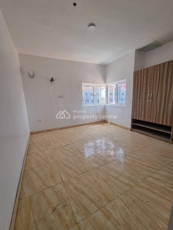 Luxury 3 Bedroom Flat with Excellent Finishing, Utako, Abuja, Block of Flats for Sale