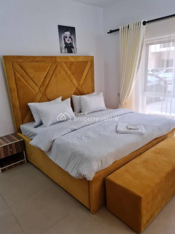 Luxury 3 Bedrooms Serviced Apartment, Kusenla Road, Ikate Elegushi, Lekki, Lagos, Flat Short Let