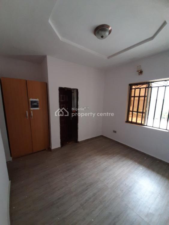 Well Renovated 3 Bedroom En-suite Flat, Sangotedo, Ajah, Lagos, Flat for Rent