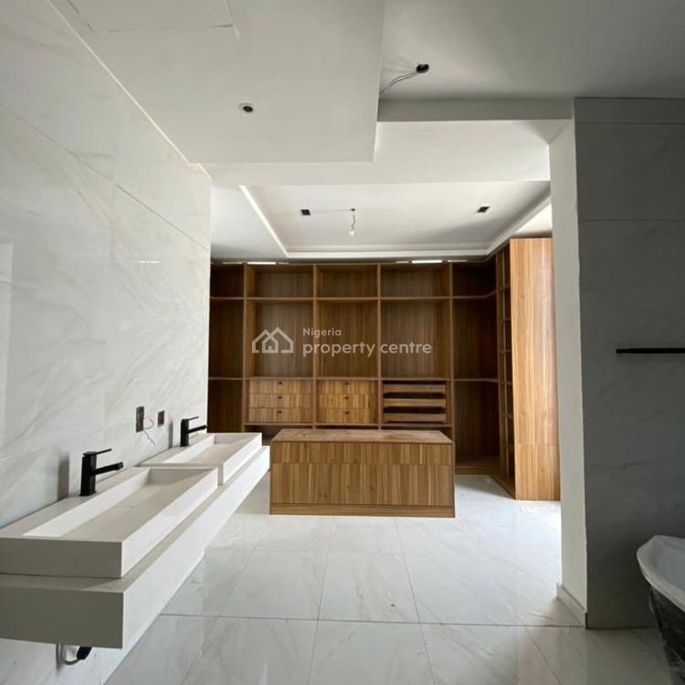 Massive and Luxury 5 Bedroom with Bq, Pinnock Beach, Osapa, Lekki Phase 1, Lekki, Lagos, Detached Duplex for Sale