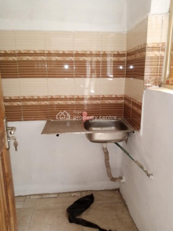 Mini Flat, Makoko Roads, Makoko, Yaba, Lagos, Mini Flat for Rent