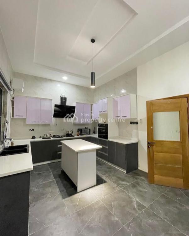 Fascinating 5 Bedrooms Semi Detached House, Sangotedo, Ajah, Lagos, Detached Duplex for Sale
