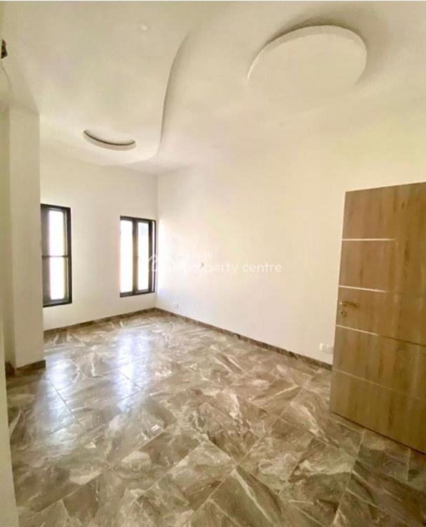 Newly Built Serviced 3 Bedroom Flat, 2nd Tollgate, Lekki Phase 2, Lekki, Lagos, Flat for Rent