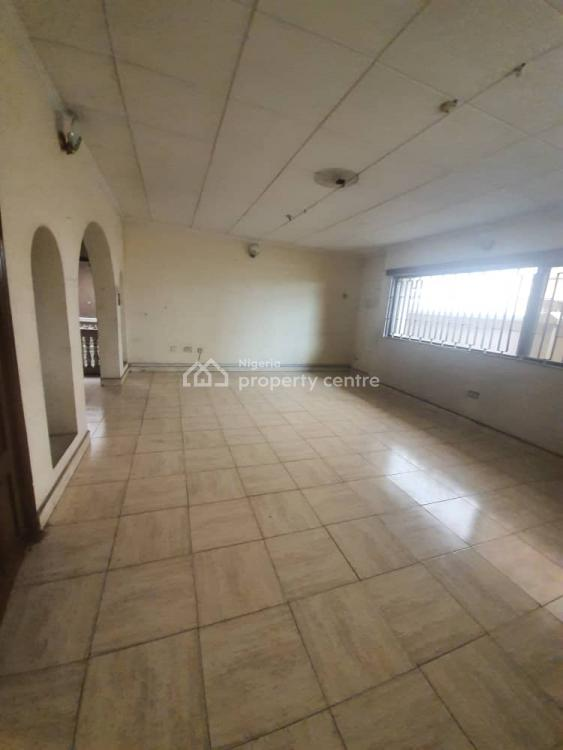 4 Bedrooms Bungalow Self Compound, Omole Phase 2, Ikeja, Lagos, Flat for Rent