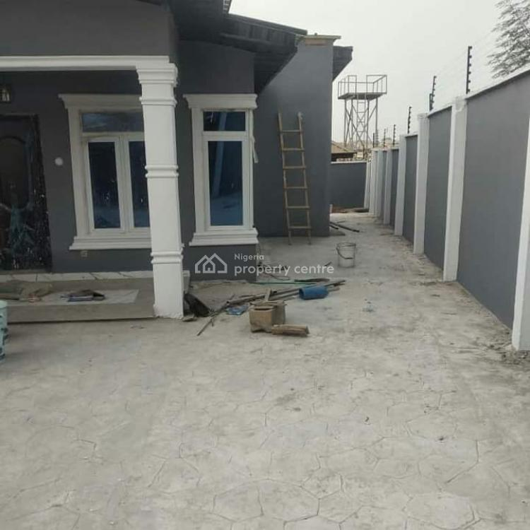 3 Bedroom Bungalow, Oluode Estate, Akala Express Area, Oluyole Extension, Ibadan, Oyo, Detached Bungalow for Sale