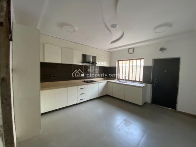 Well Finished 3 Bedrooms Terraced Building, Orchid Road, Lekki, Lagos, Terraced Duplex for Sale