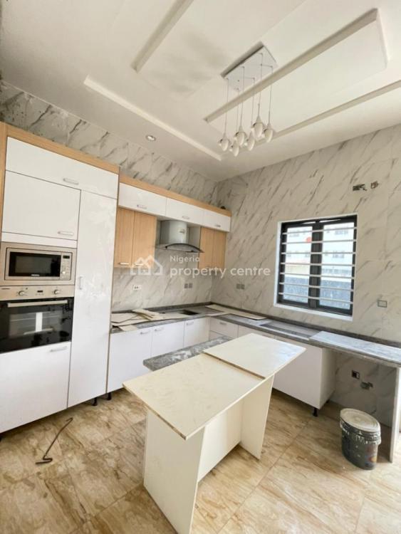 Captivating 4 Bedrooms Semi-detached, Lekki, Lagos, Semi-detached Duplex for Sale
